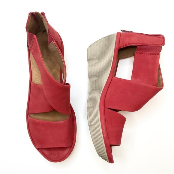 4b2e2bfaf50 Clarks Shoes - CLARKS Clarene Glamor Red Wedge Sandals Sz 8
